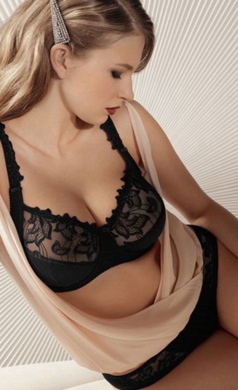 ab73bf8fff864 5 of the Best Bras for Sagging Breasts that Money Can Buy - A Review